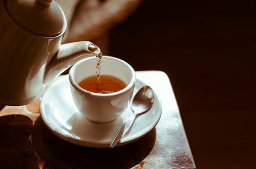 drink herbal tea can help stop caffeine jitters